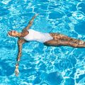 Regulile bunelor maniere: ce să nu faci la piscină