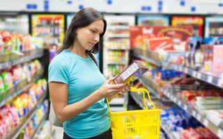 Cum îţi dai seama dacă mănânci alimente falsificate?
