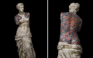 Statui cu tatuaje de interlopi: Venus din Milo are simbolurile mafiei ruse