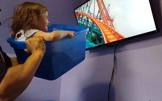 O idee genială: Ce face un părinte dacă n-are bani ca să-şi ducă fetiţa la Disneyland