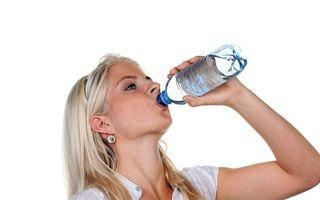 Cum îți dai seama dacă poţi să refolosești o sticlă din plastic: Semnele de care trebuie să ții cont