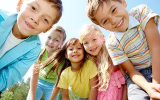 Știința răspunde: Cum să crești copii mai fericiți