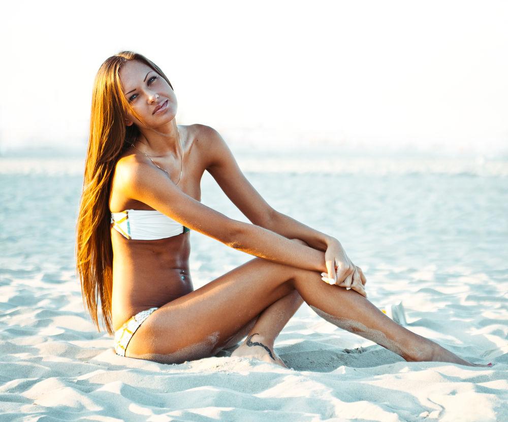Ce să faci pentru a avea un păr sănătos pe timpul verii