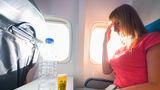 Trucul care te va ajuta să uiți de teama de a zbura cu avionul