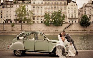 20 de fotografii de nuntă care demonstrează că Parisul este orașul iubirii