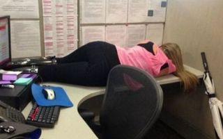 20 cei mai leneși angajați şi realizările lor de tot râsul