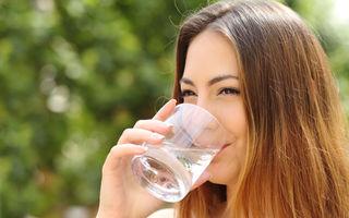 Iată ce s-ar întâmpla dacă ai înlocui toate băuturile cu apă