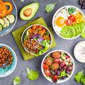 Cum să faci o salată sățioasă și sănătoasă? Ingrediente de bază