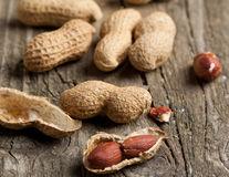 O nouă terapie ar putea vindeca alergia la alune