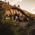 Departe de lume, doar ei doi: Weekend într-o căsuţă de hobbit