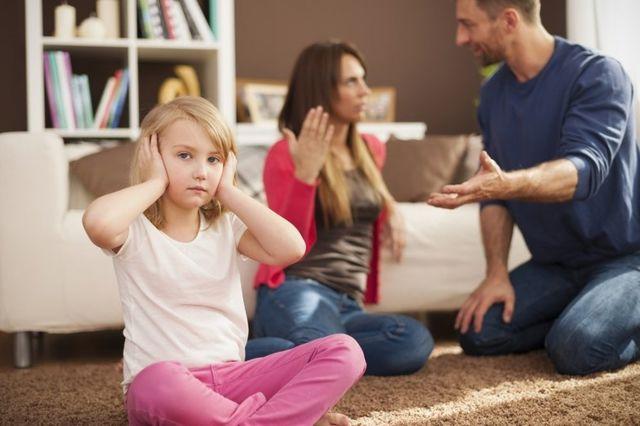 De ce căsniciile defectuoase afectează copiii mai mult decât divorțul
