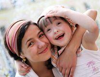 Islanda este împotriva Sindromului Down: Mamele depistate preferă să facă avort