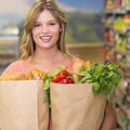 Alimente ieftine, dar sănătoase. Ce să cumperi din magazin