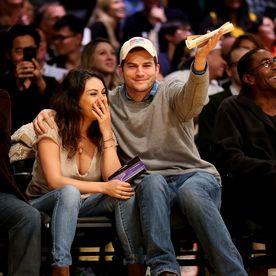 Mila Kunis şi Ashton Kutcher