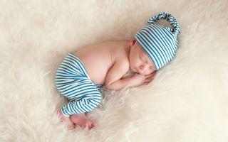 7 semne care arată că bebelușul tău ar putea avea autism