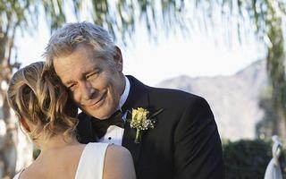 Lecţia pe care a învăţat-o un bărbat după ce a plătit pentru nunta fiicei sale vitrege