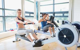 Antrenament complet: Cum să folosești bicicleta eliptică și rowing-ul