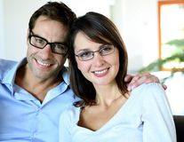 Studiu: Bărbaţii care se însoară cu femei inteligente trăiesc mai mult