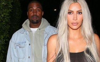 Kim Kardashian a purtat un tricou transparent, fără sutien, la o întâlnire cu soțul ei