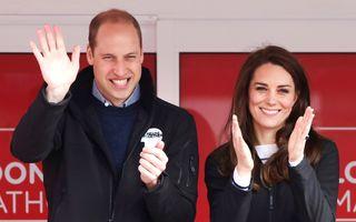 Prinţul William ştie de glumă: A râs de chelia lui!