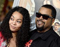 """Secretul mariajului lui Ice Cube, rapperul căsătorit de 24 de ani: """"Încă am fluturi în stomac când o văd!"""""""