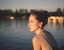De ce nu au femeile puternice noroc în dragoste