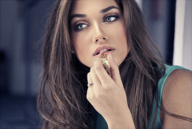 10 trucuri de machiaj pe care orice femeie ar trebui să le știe