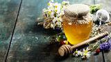 Știai că ar putea exista pesticide în mierea ta?