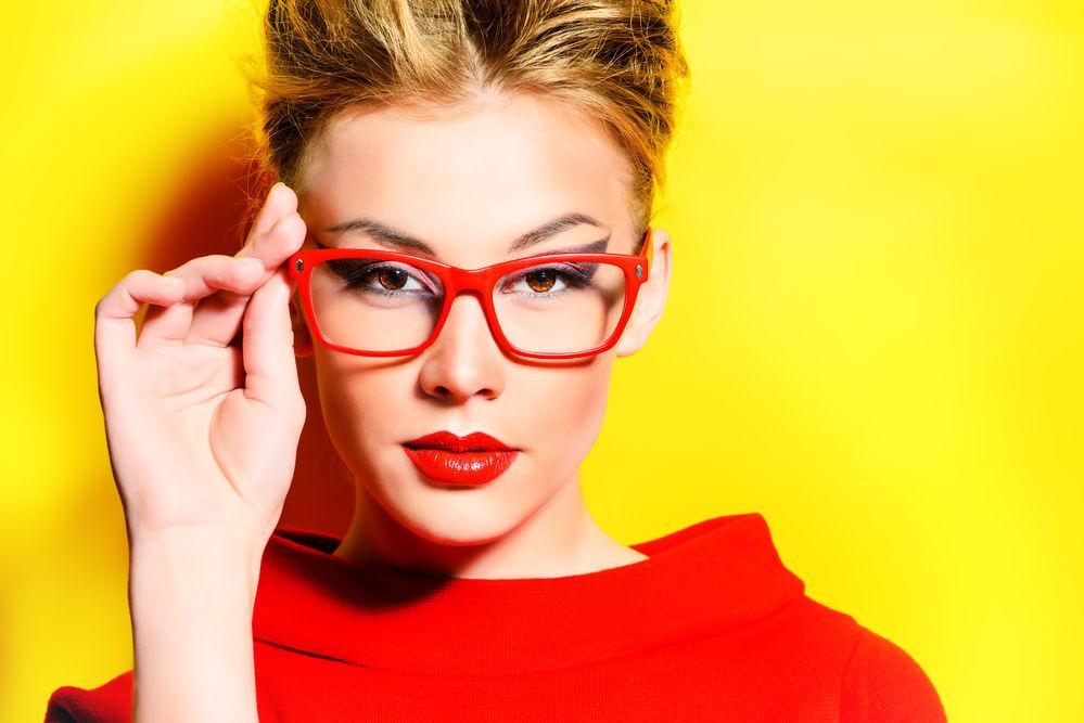 vânzarea de încălțăminte murdărie ieftine produse noi calde 5 trucuri geniale de machiaj pentru femeile care poartă ochelari ...
