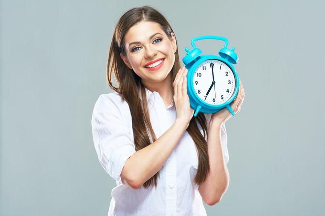 Femeie punctuală