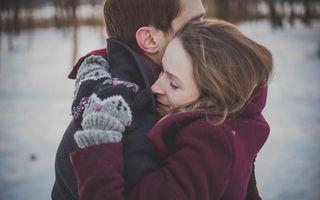 Ce se întâmplă în corpul tău atunci când îmbrățișezi pe cineva