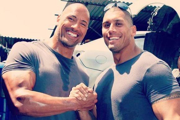 Tanoai Reed şi Dwayne Johnson