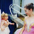 12 imagini care surprind bucuria de a face ceva pentru prima oară