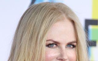 Secretul frumuseţii la 50 de ani: Cum se fereşte Nicole Kidman de riduri