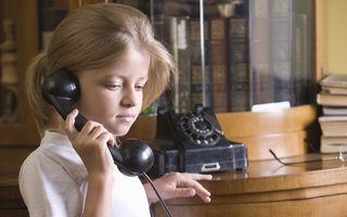O fetiță a aflat că mama sa are o aventură. Ce s-a întâmplat când a sunat tatăl?