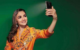 Persoanele care își fac selfie-uri ar putea fi narcisiste