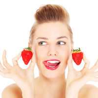 9 alimente care curăță dinții și îi albesc