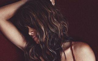 Halle Berry e singură de Crăciun: Ce îşi pune vedeta sub brad