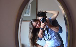 5 lucruri pe care să le faci împreună cu partenerul tău în fiecare lună