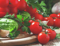 De ce e bine să mănânci 2 roșii pe zi