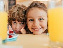 De ce îmbătrânim conform copiilor