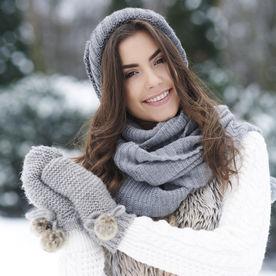 Fată la zăpadă
