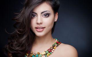 7 trucuri de frumusețe din India care îți fac părul să crească mai repede și mai bogat