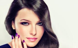 8 coafuri și trucuri de îngrijire pentru păr care te fac să arăți mai tânără