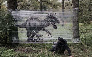 Ce înseamnă să ai talent: Desenele uimitoare pe care un rus le-a făcut în pădure