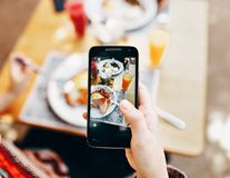 O aplicație m-a învățat cât de ușor poți să slăbești dacă înțelegi caloriile