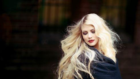 Cun să-ți păstrezi părul sănătos dacă l-ai decolorat