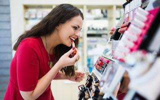 5 reguli ca să nu te îmbolnăvești când testezi produse cosmetice în magazine