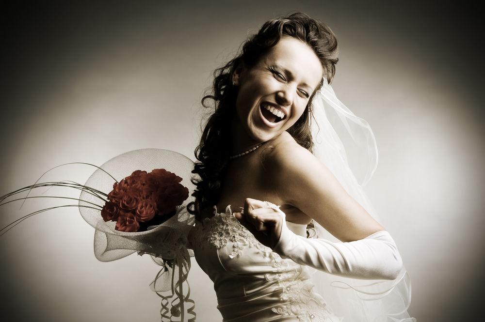 Cauta? i o femeie de nunta franceza
