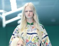 Prezentare de groază: Modelele Gucci au purtat capete de oameni în loc de poşete